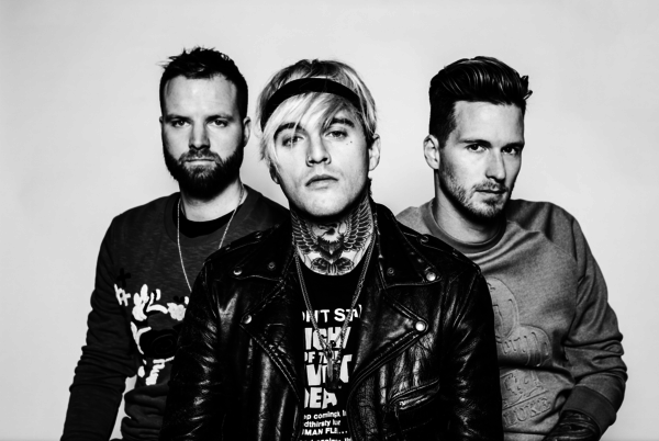 """Highly Suspect announce Spring Tour  + nominated for GRAMMY award: Best Rock Song, 2017 """"My Name is Human"""""""