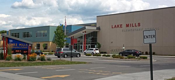 Lake Mills Elementary School, Lake Mills