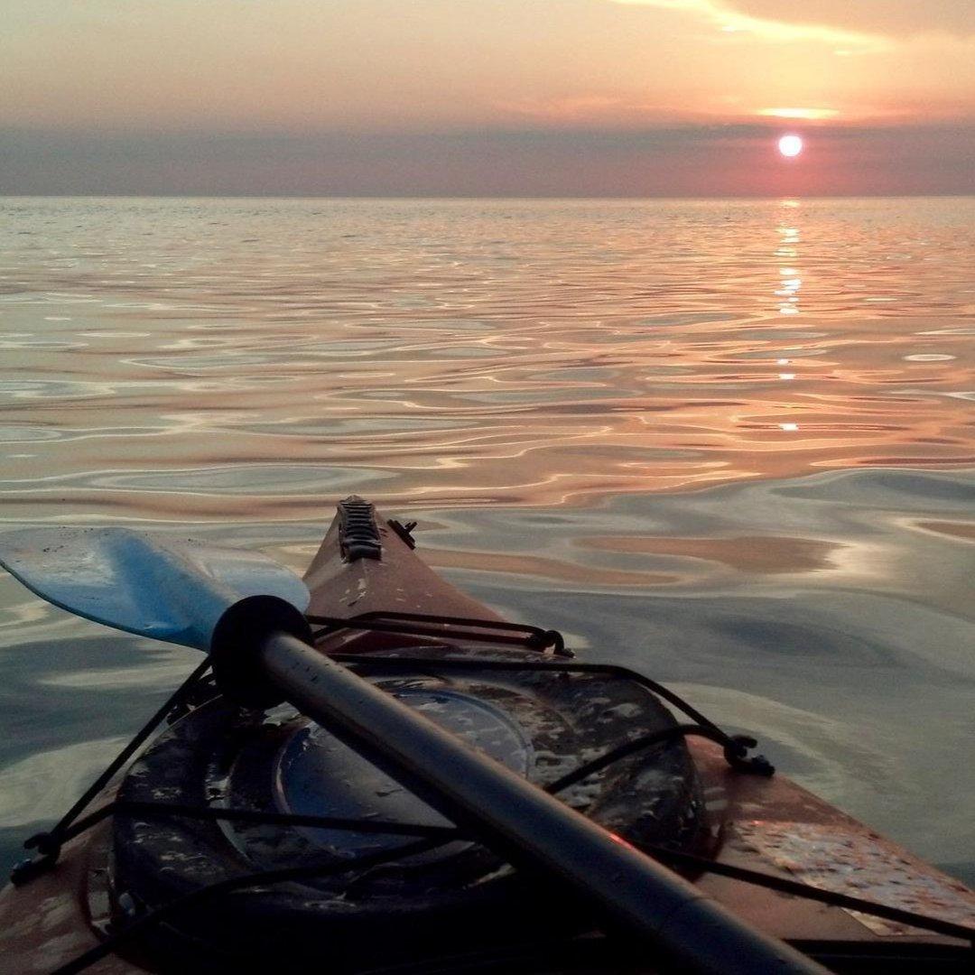 Lake Erie Kayak photo @1buckeyetom on Twitter